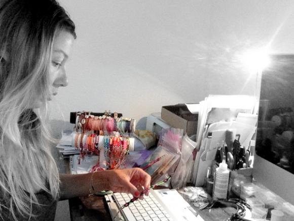 Alexandra Haguel, créatrice de bijoux faits-main